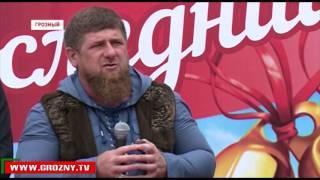Рамзан Кадыров побывал на последнем звонке в Центре образования Ахмат-Хаджи Кадырова