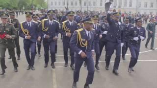 Шок видео взорвало интернет, Возможно самый грозный боевой марш,Танцы африканских курсантов ,Ангола