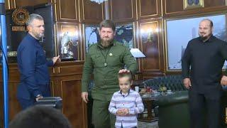 РАМЗАН КАДЫРОВ Пригласил Магомеда-Эми в гости и принял на работу в должности командира.