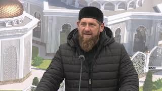 Рамзан Кадыров посетил могилу мюрида Шейха Кунта-Хаджи Кишиева - Дог1а в Шали