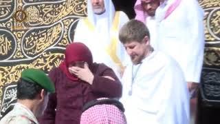 Рамзан Кадыров поздравил с Днем матери Дорогую МАМУ Аймани Несиевну!