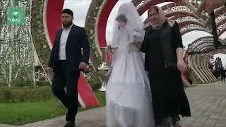 Большая чеченская свадьба: 200 влюбленных пар в Грозном поженятся в день 200-летия города