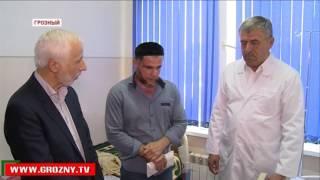 Фонд имени Ахмат-Хаджи Кадырова вновь оплатит лечение нуждающемуся юноше