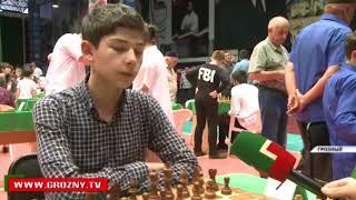 Шахматный турнир памяти Ахмата-Хаджи собрал в Грозном около двухсот спортсменов