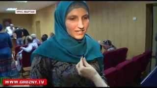 Сотни семей во всех районах Чечни получили денежную помощь от фонда Кадырова