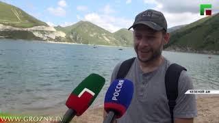 Делегация чеченской диаспоры Иордании почтила память Ахмата-Хаджи Кадырова.