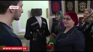 Десятки чеченских мастеров выставили свои работы в комплексе Славы им. Ахмата-Хаджи Кадырова