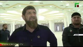 Рамзан Кадыров проинспектировал строительство мечети в Шали