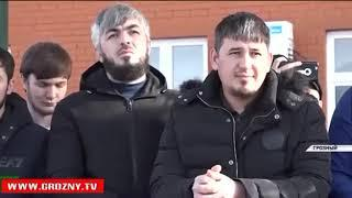 Для молодежи провели экскурсию на территории полка полиции специального назначения им. А.А. Кадырова